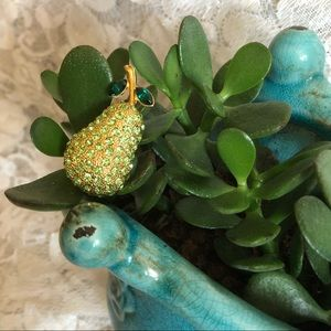 Pretty Gold Pear Brooch With Green Rhinestones